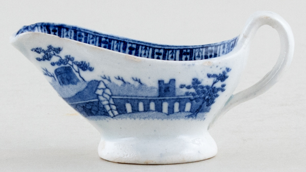 Unattributed Maker Unidentified Pattern Toy Sauce Boat c1830
