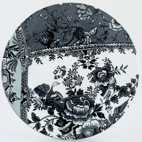 Burleigh Engravers Collection black Lunch Accent Plate
