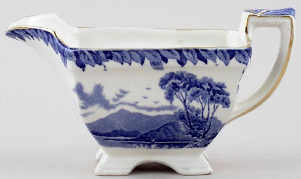 Burgess and Leigh Britain Beautiful Sauce Boat Killarney c1930s