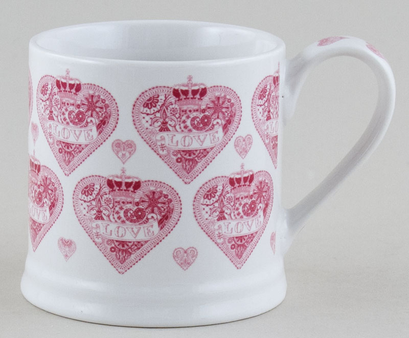 Queens Made with Love pink Mug medium