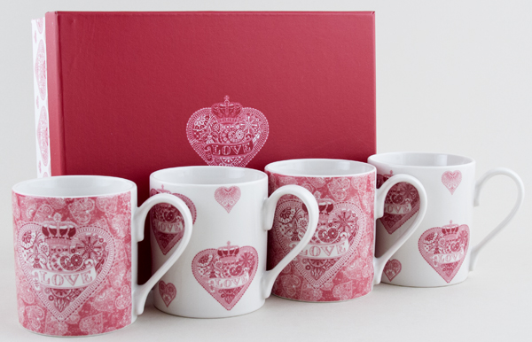 Queens Made with Love pink Mug Set of 4