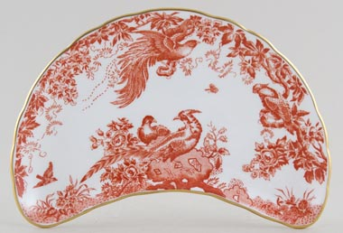 Royal Crown Derby Red Aves Crescent Side Dish c1977