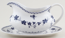 Royal Doulton Yorktown Sauce Boat with Stand