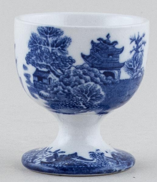 Masons Blue Chinese Landscape Egg Cup c1900