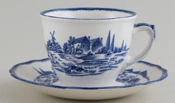Royal Doulton Norfolk Teacup and Saucer c1950s