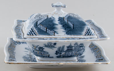 Pountney Mandarin green Sauce Tureen c1911