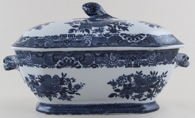 Spode Trophies Soup Tureen c1890s