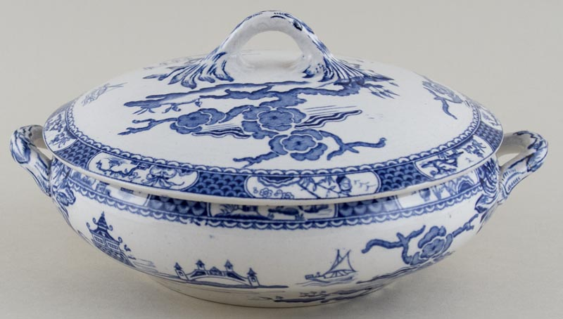 Till Pagoda Border Vegetable Dish with Cover c1920s