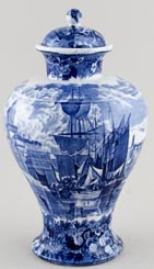 Wedgwood Ferrara Vase with Cover c1916