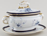 Royal Worcester Number W5132 Sauce Tureen c1898