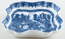 Unattributed Maker Full Nankin Dish c1810