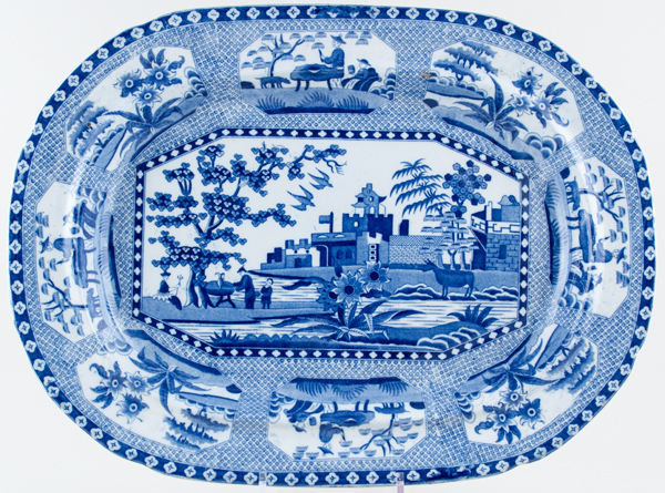 Unattributed Maker Octagonal Chinoiserie Meat Dish or Platter c1820