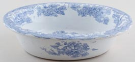 Unattributed Maker Asiatic Pheasants Pie Dish c1880