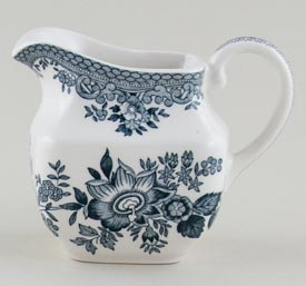 Wedgwood and Co Asiatic Pheasants green Jug or Creamer c1970