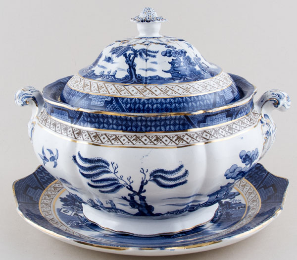 Booths Real Old Willow Soup Tureen c1910