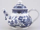 Churchill Blue Willow Teapot