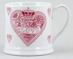 Queens Made with Love pink Mug small