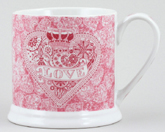 Queens Made with Love pink Mug large