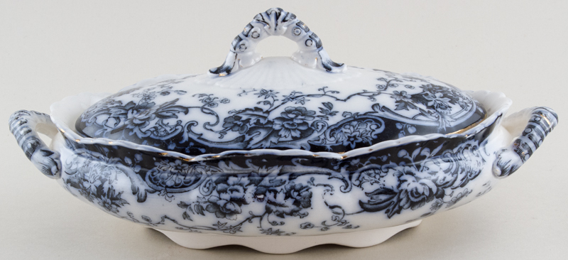 Keeling Chatsworth Vegetable Dish with Cover c1910
