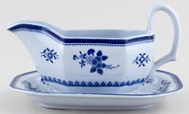 Spode Gloucester Sauce Boat with Fixed Stand c1960