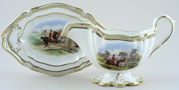 Spode The Hunt colour Sauce Boat and Stand c1960s