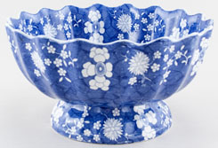 Spode Cracked Ice and Prunus Bowl footed c1830