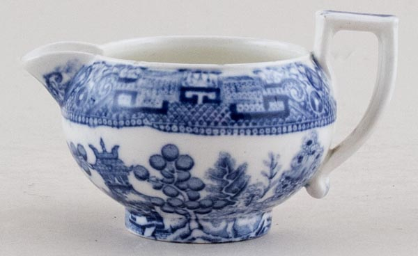 Wedgwood Willow Jug or Creamer c1930s