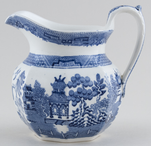 Wedgwood Willow Jug or Pitcher c1922