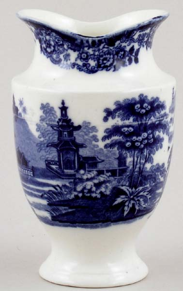 Wedgwood Chinese Vase Small C1926 Lovers Of Blue And White