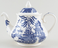 English Ironstone Tableware Willow Teapot c1990
