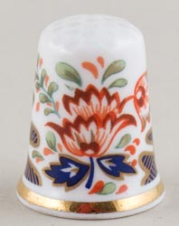 Royal Worcester Unidentified Pattern colour Thimble